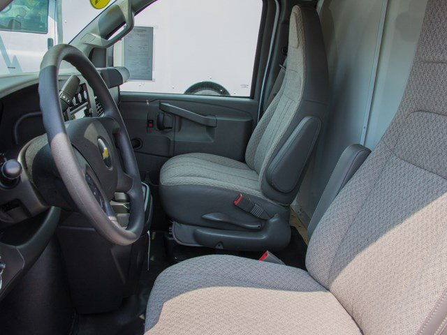 2018 Express 3500 4x2,  Bay Bridge Cutaway Van #X5694 - photo 11