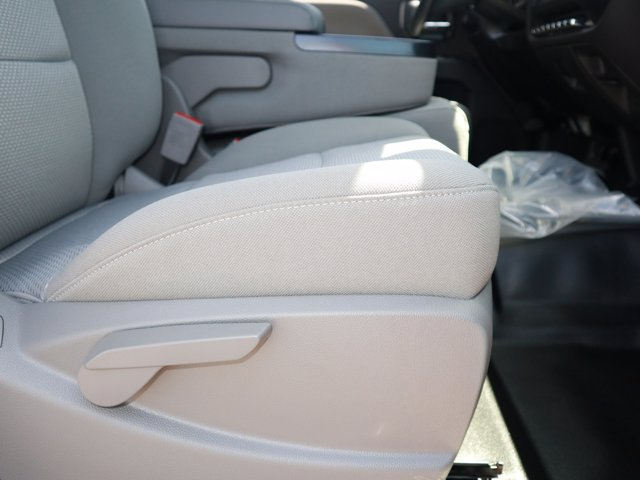 2019 Chevrolet Silverado 5500 Regular Cab DRW RWD, Parkhurst Toughline Stake Bed #Y6804 - photo 10
