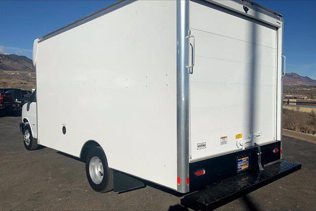 2020 Chevrolet Express 3500 4x2, Supreme Cutaway Van #Y7811 - photo 1
