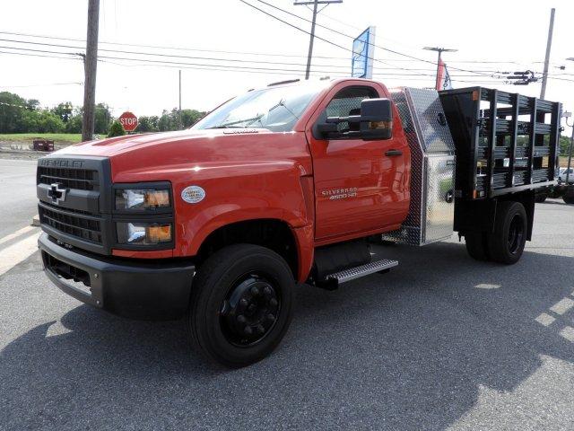 2019 Chevrolet Silverado 4500 Regular Cab DRW RWD, SH Truck Bodies Stake Bed #K1500 - photo 4
