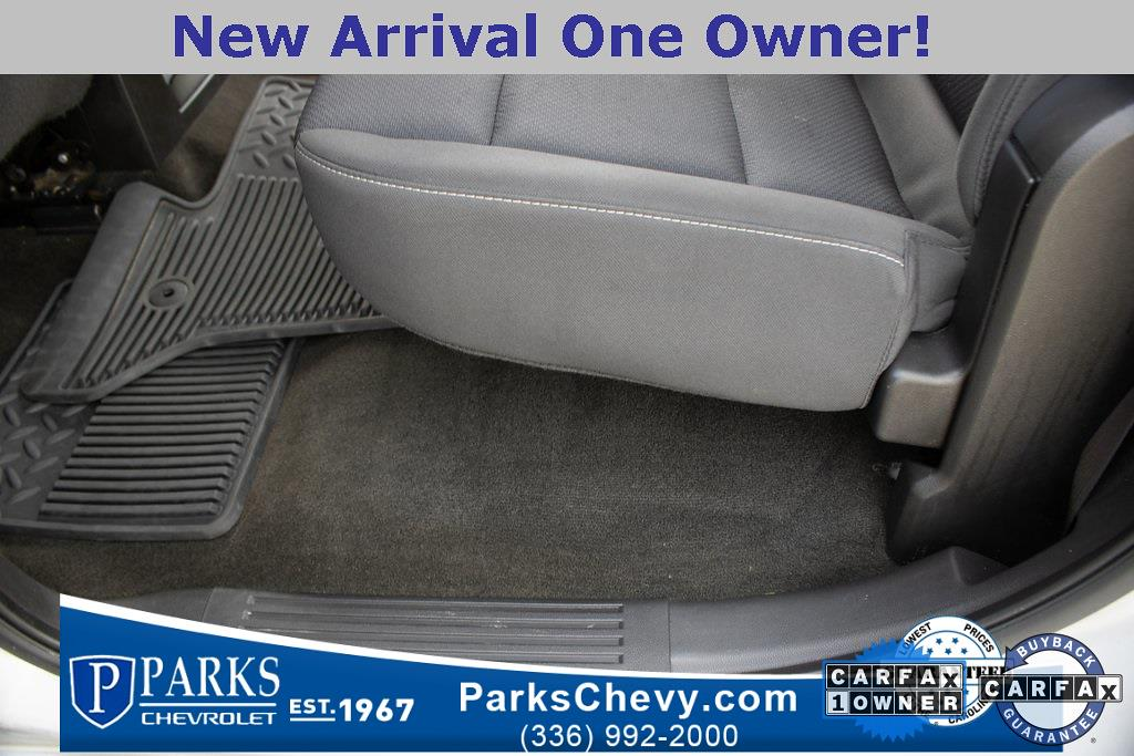 2017 Chevrolet Silverado 1500 Crew Cab 4x4, Pickup #079978B - photo 28