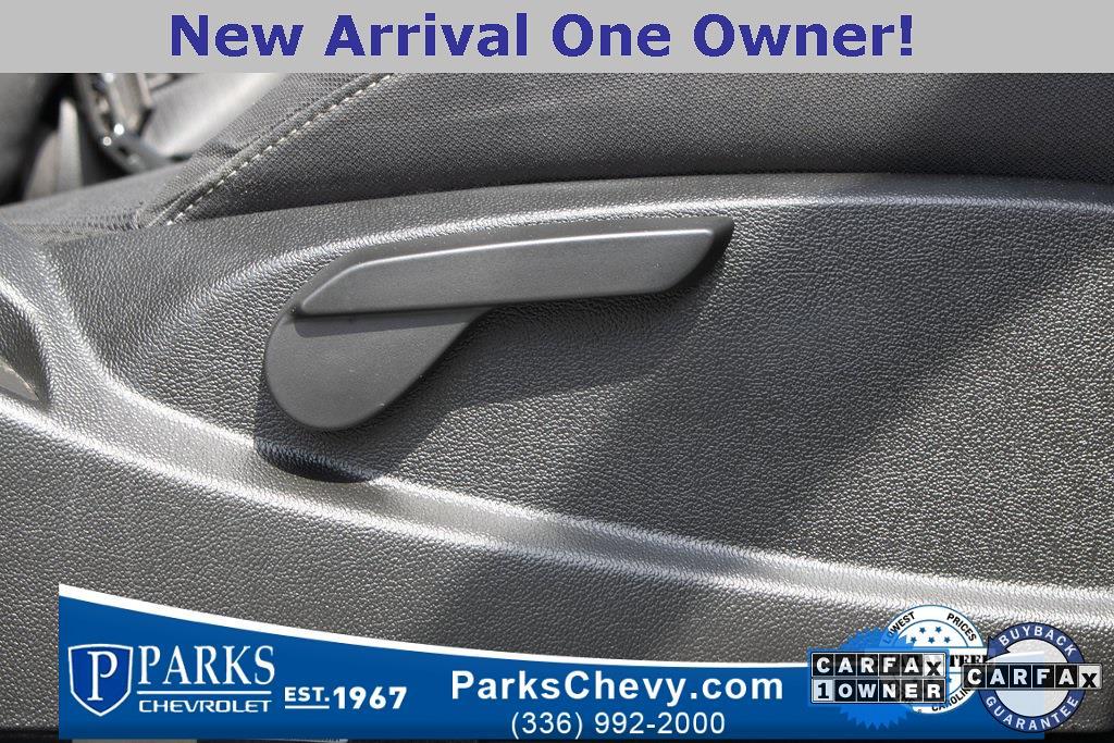 2017 Chevrolet Silverado 1500 Crew Cab 4x4, Pickup #079978B - photo 32