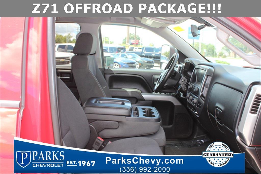2017 Chevrolet Silverado 1500 Crew Cab 4x4, Pickup #0K5505 - photo 9