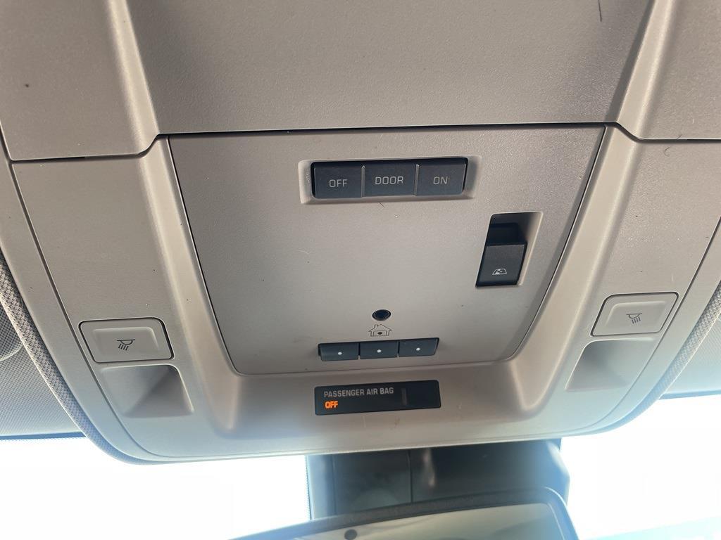 2018 Chevrolet Silverado 1500 Crew Cab 4x4, Pickup #0K5508 - photo 21