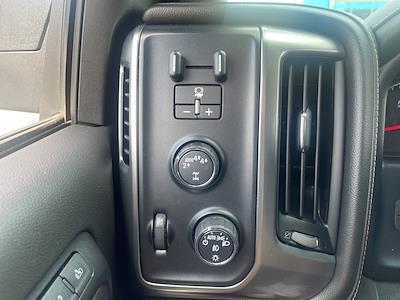 2018 Chevrolet Silverado 1500 Crew Cab 4x4, Pickup #0K5508 - photo 15