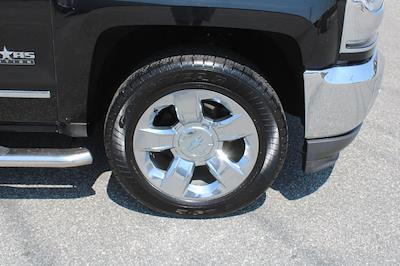 2018 Chevrolet Silverado 1500 Crew Cab 4x4, Pickup #0K5508 - photo 9