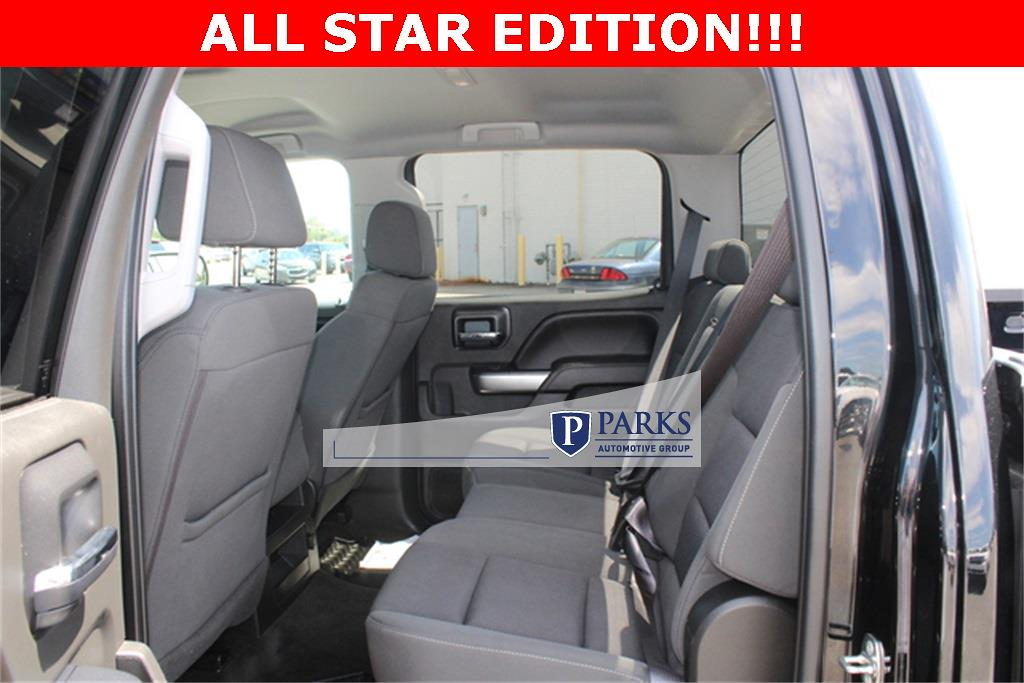2017 Silverado 1500 Crew Cab 4x4,  Pickup #0K5590 - photo 15