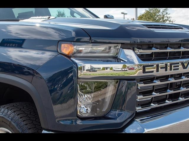 2020 Silverado 2500 Crew Cab 4x4, Pickup #131367 - photo 12