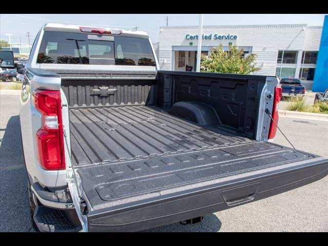 2020 Silverado 2500 Crew Cab 4x4, Pickup #137486 - photo 8