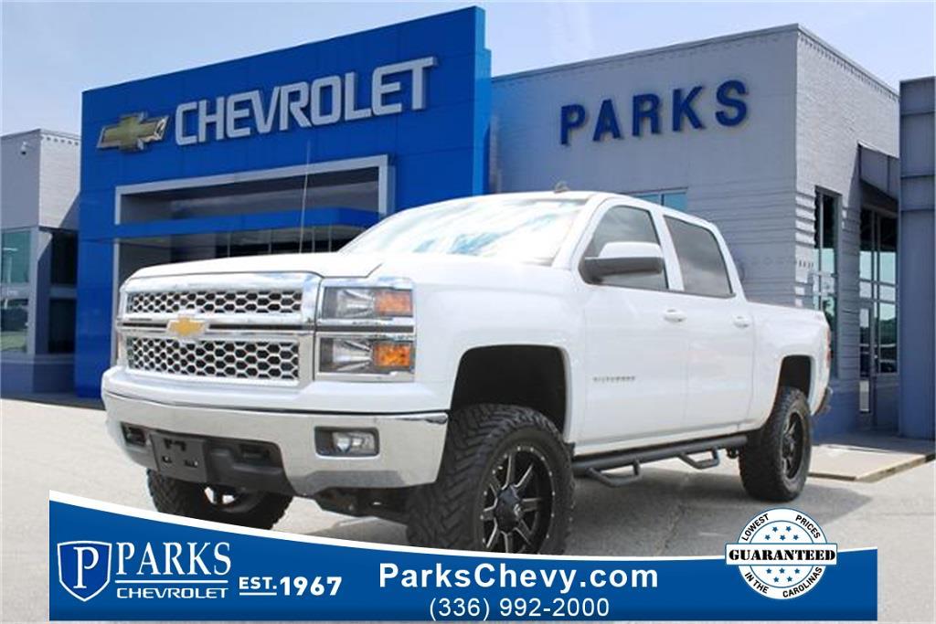 2014 Chevrolet Silverado 1500 Crew Cab 4x4, Pickup #155395B - photo 1