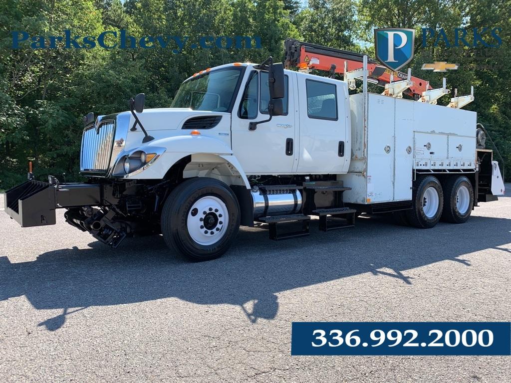 2011 WorkStar 7400 SBA 6x4,  Crane Body #1K3301 - photo 1