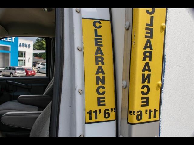 2016 Chevrolet Express 3500, Cutaway Van #1K4417 - photo 18