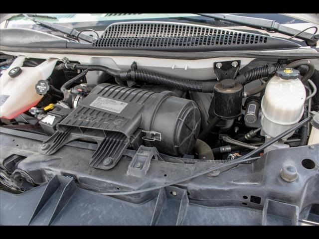 2016 Chevrolet Express 3500, Cutaway Van #1K4417 - photo 20