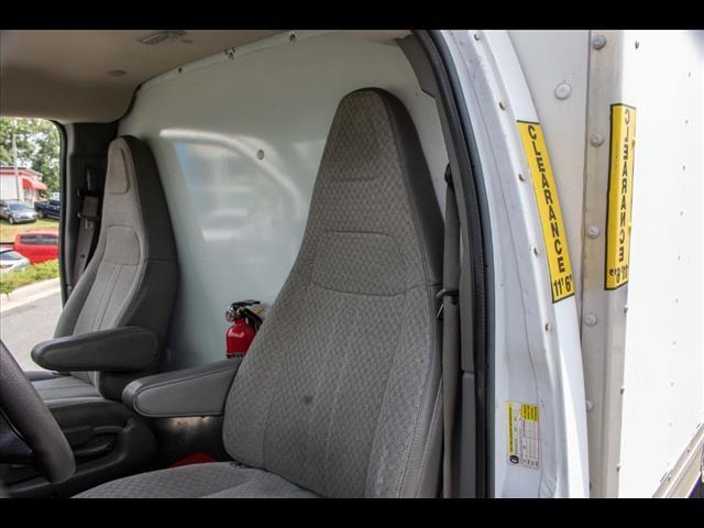 2016 Chevrolet Express 3500, Cutaway Van #1K4417 - photo 23