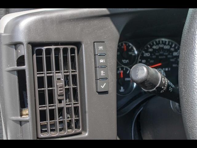 2016 Chevrolet Express 3500, Cutaway Van #1K4417 - photo 39