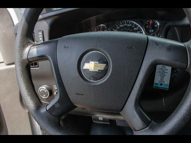 2016 Chevrolet Express 3500, Cutaway Van #1K4417 - photo 40