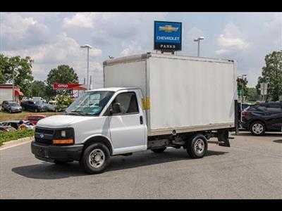 2016 Chevrolet Express 3500, Cutaway Van #1K4417 - photo 3