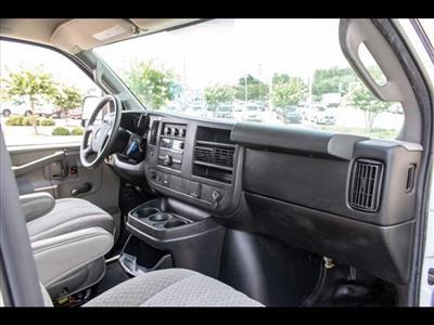 2016 Chevrolet Express 3500, Cutaway Van #1K4417 - photo 31