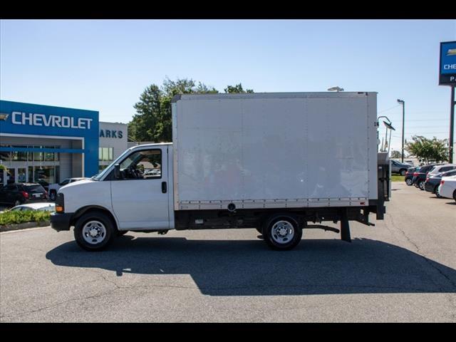 2015 Chevrolet Express 3500 4x2, Cutaway Van #1K4583 - photo 4