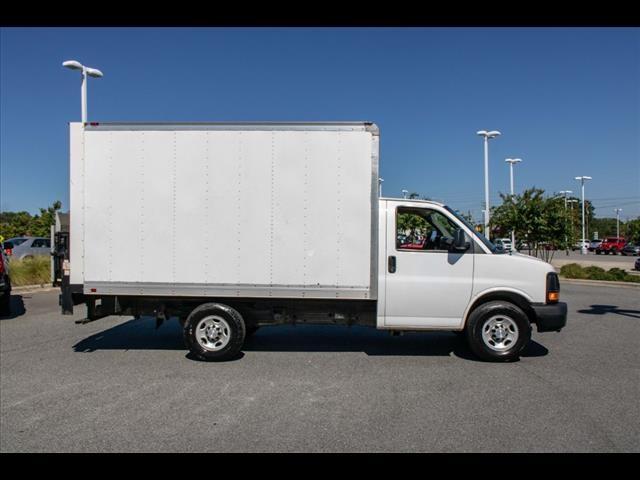 2015 Chevrolet Express 3500 4x2, Cutaway Van #1K4583 - photo 16
