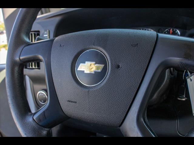 2015 Chevrolet Express 3500 4x2, Cutaway Van #1K4583 - photo 38