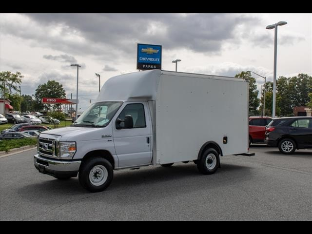 2018 Ford E-350 4x2, Cutaway Van #1K4629 - photo 4