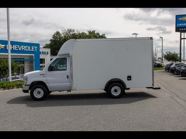 2018 Ford E-350 4x2, Cutaway Van #1K4629 - photo 3