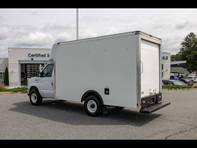 2018 Ford E-350 4x2, Cutaway Van #1K4629 - photo 2