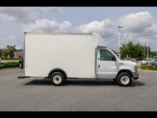 2018 Ford E-350 4x2, Cutaway Van #1K4629 - photo 15