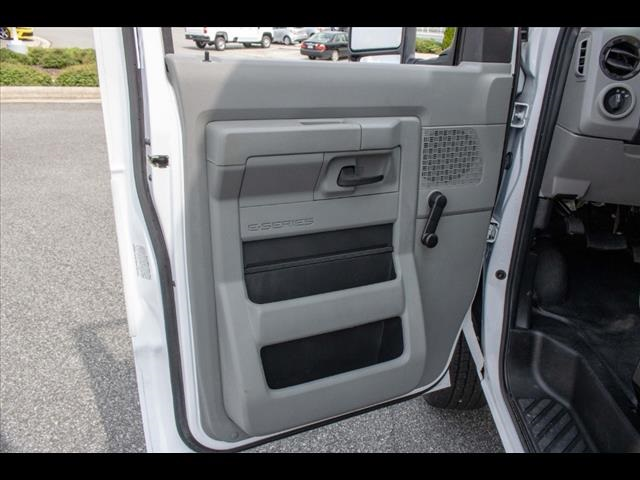 2018 Ford E-350 4x2, Cutaway Van #1K4629 - photo 27