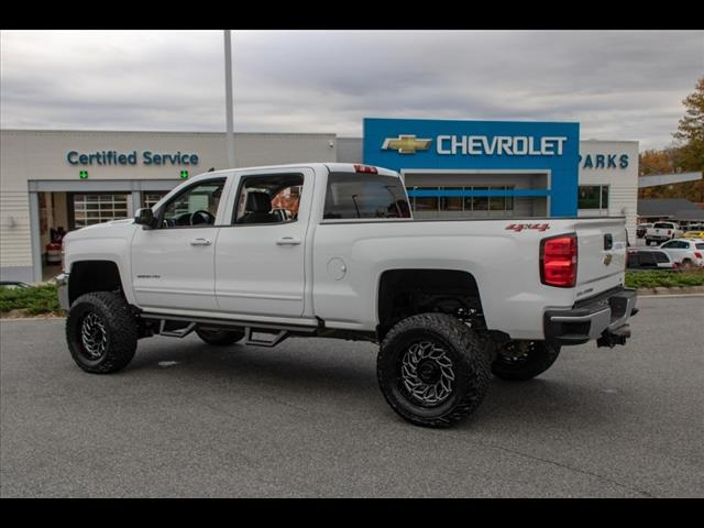 2019 Chevrolet Silverado 2500 Crew Cab 4x4, Pickup #1K4665 - photo 6