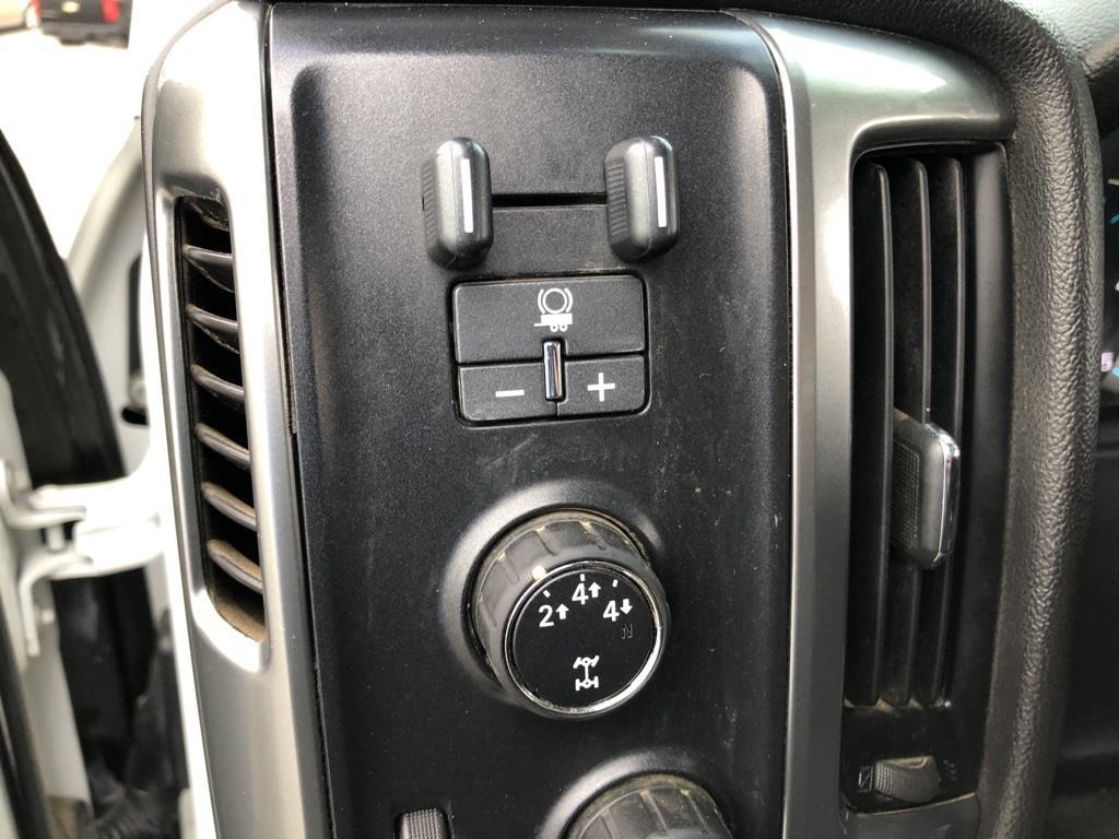 2015 Chevrolet Silverado 3500 Crew Cab 4x4, Platform Body #1K4724 - photo 13