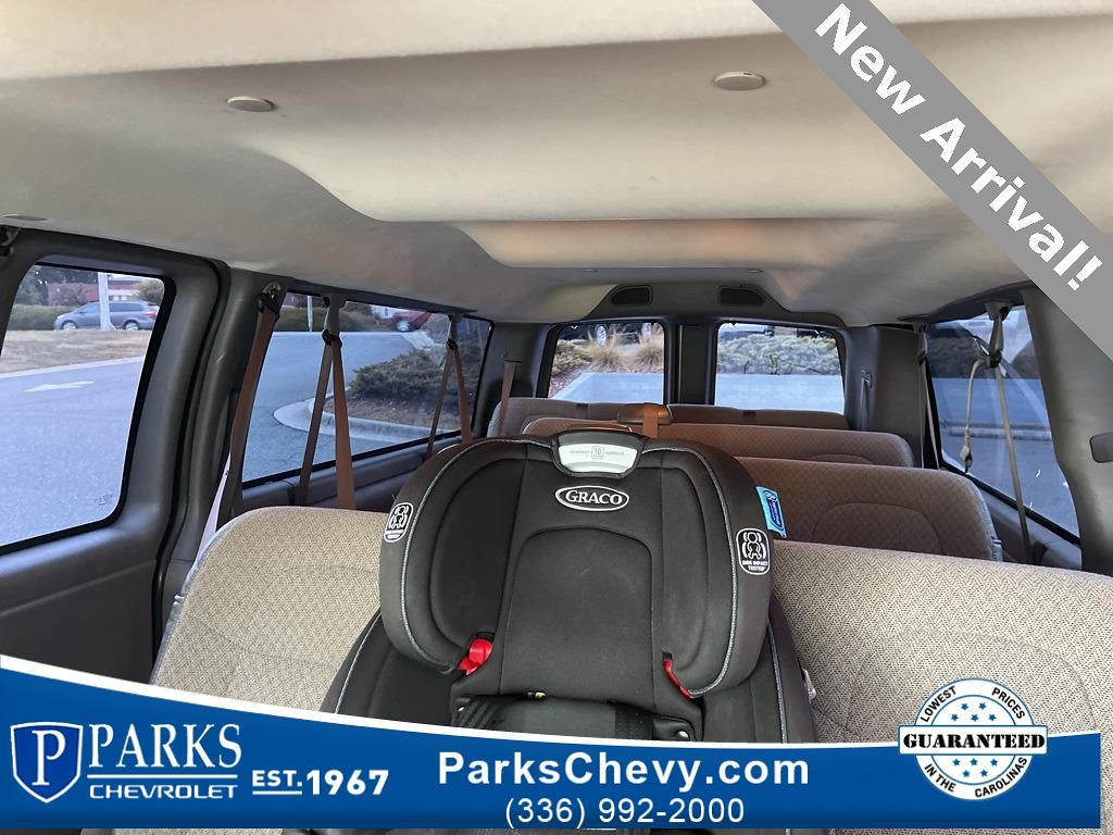 2018 Express 3500 4x2,  Passenger Wagon #416980A - photo 19