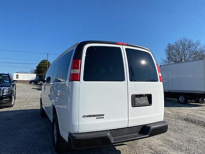 2013 Chevrolet Express 2500 4x2, Passenger Wagon #1K4964 - photo 2
