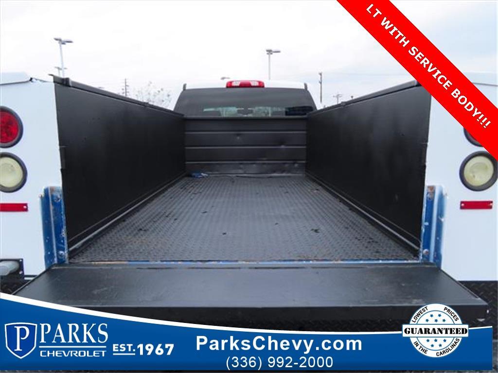 2018 Chevrolet Silverado 2500 Crew Cab 4x4, Service Body #1K5020 - photo 12