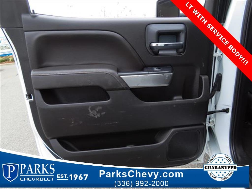 2018 Chevrolet Silverado 2500 Crew Cab 4x4, Service Body #1K5020 - photo 26