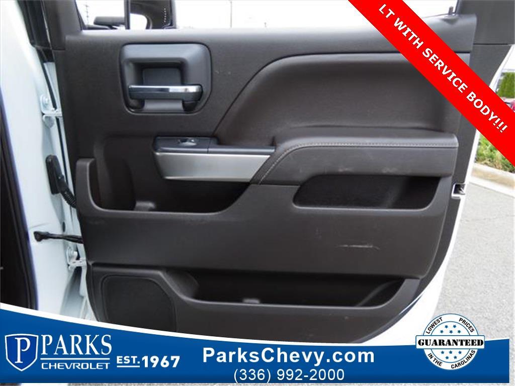 2018 Chevrolet Silverado 2500 Crew Cab 4x4, Service Body #1K5020 - photo 29