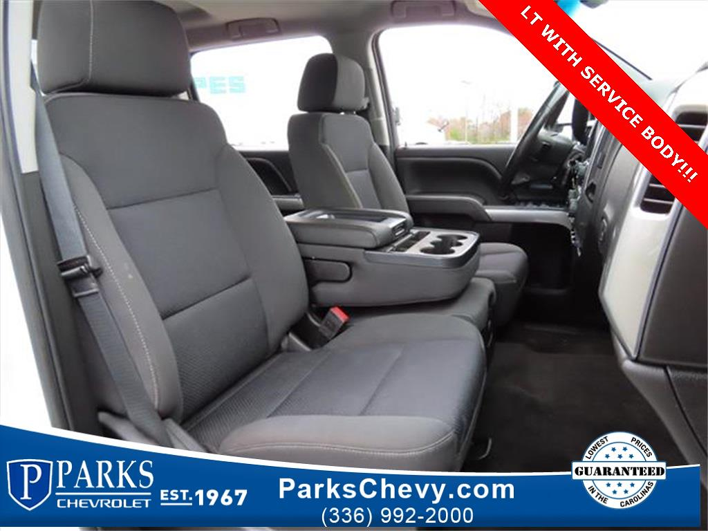 2018 Chevrolet Silverado 2500 Crew Cab 4x4, Service Body #1K5020 - photo 34