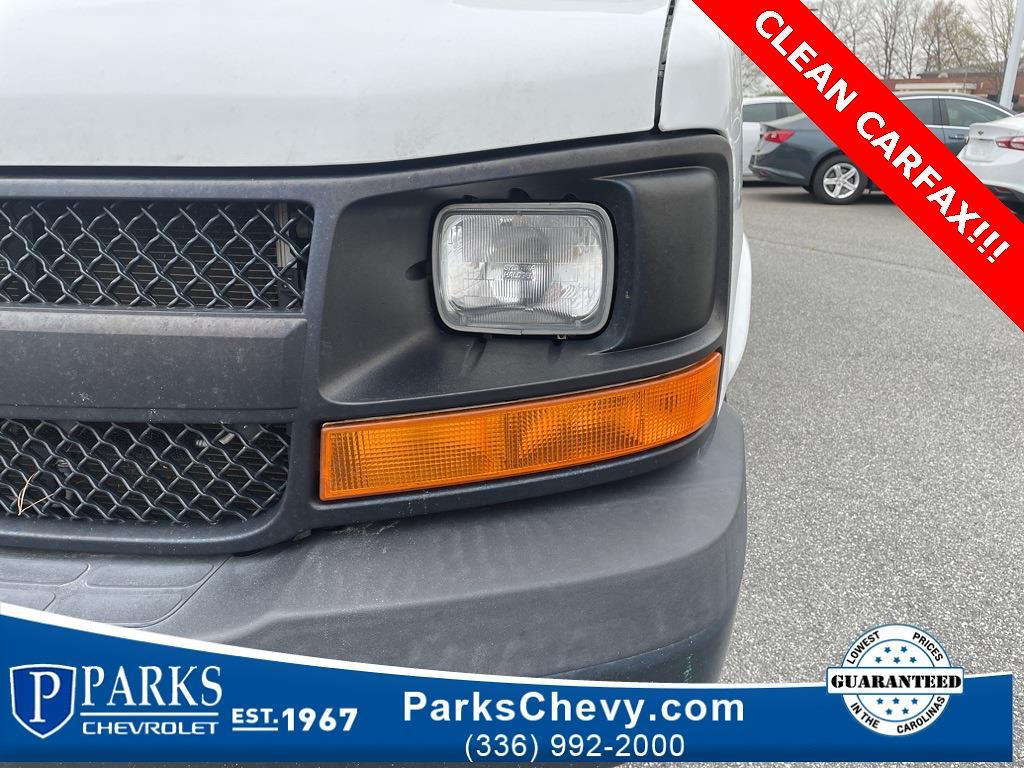 2016 Chevrolet Express 3500, Cutaway Van #1K5021 - photo 11