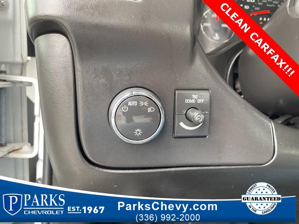 2016 Chevrolet Express 3500, Cutaway Van #1K5021 - photo 13