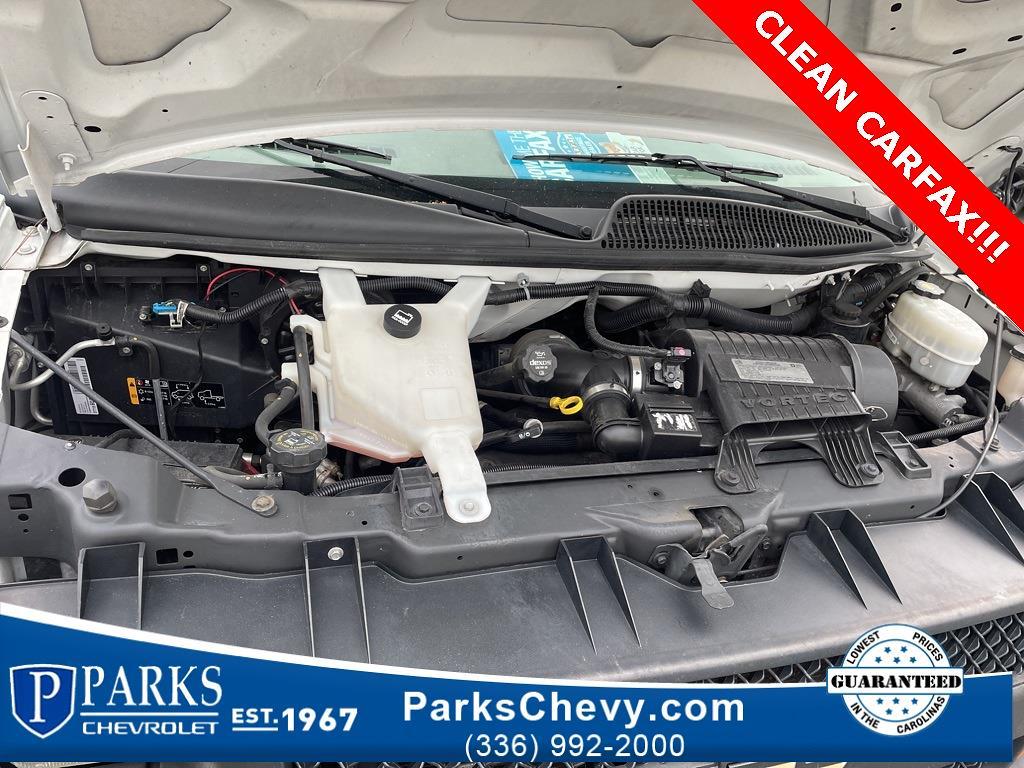 2016 Chevrolet Express 3500, Cutaway Van #1K5021 - photo 36