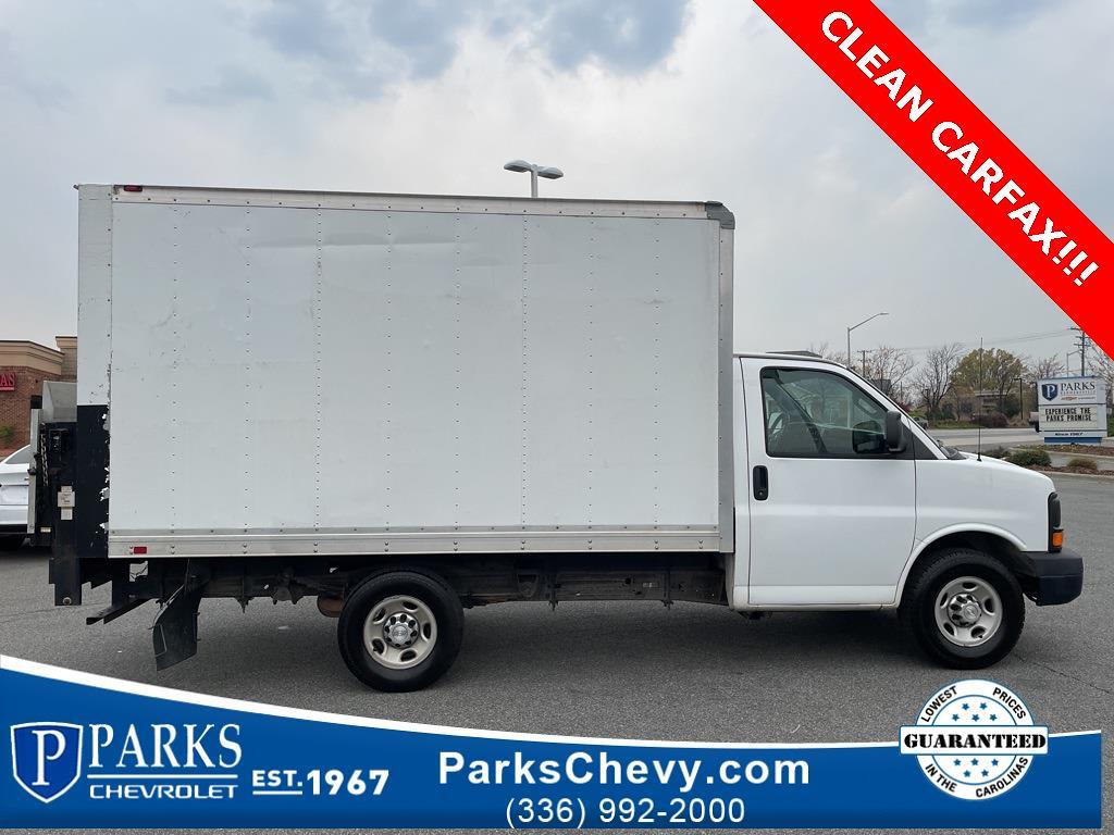 2016 Chevrolet Express 3500, Cutaway Van #1K5021 - photo 7