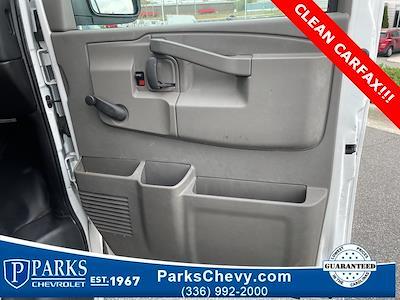 2016 Chevrolet Express 3500, Cutaway Van #1K5021 - photo 27