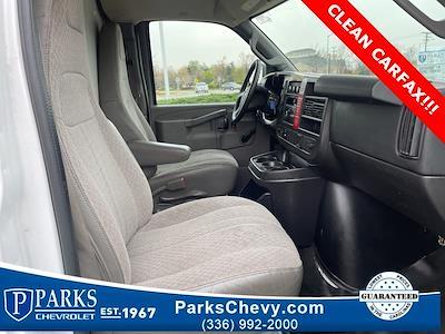 2016 Chevrolet Express 3500, Cutaway Van #1K5021 - photo 28