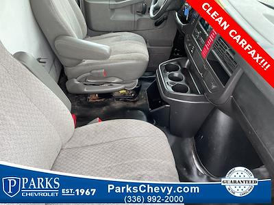 2016 Chevrolet Express 3500, Cutaway Van #1K5021 - photo 30