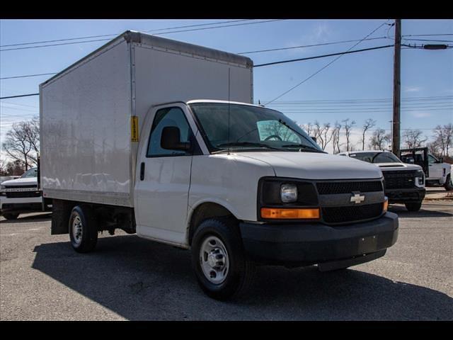 2015 Chevrolet Express 3500 4x2, Cutaway Van #1K5065 - photo 11