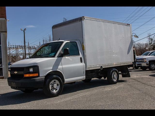2015 Chevrolet Express 3500 4x2, Cutaway Van #1K5065 - photo 4