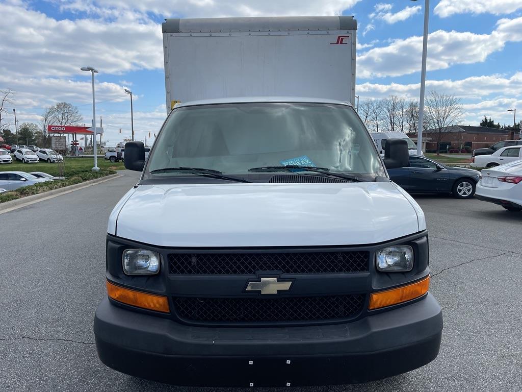 2016 Chevrolet Express 3500, Cutaway Van #1K5082 - photo 9