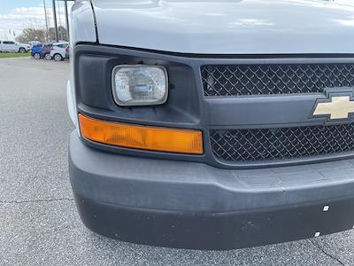 2016 Chevrolet Express 3500, Cutaway Van #1K5082 - photo 10