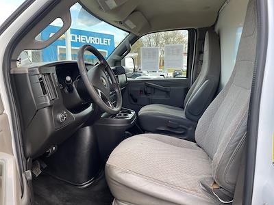 2016 Chevrolet Express 3500, Cutaway Van #1K5082 - photo 23
